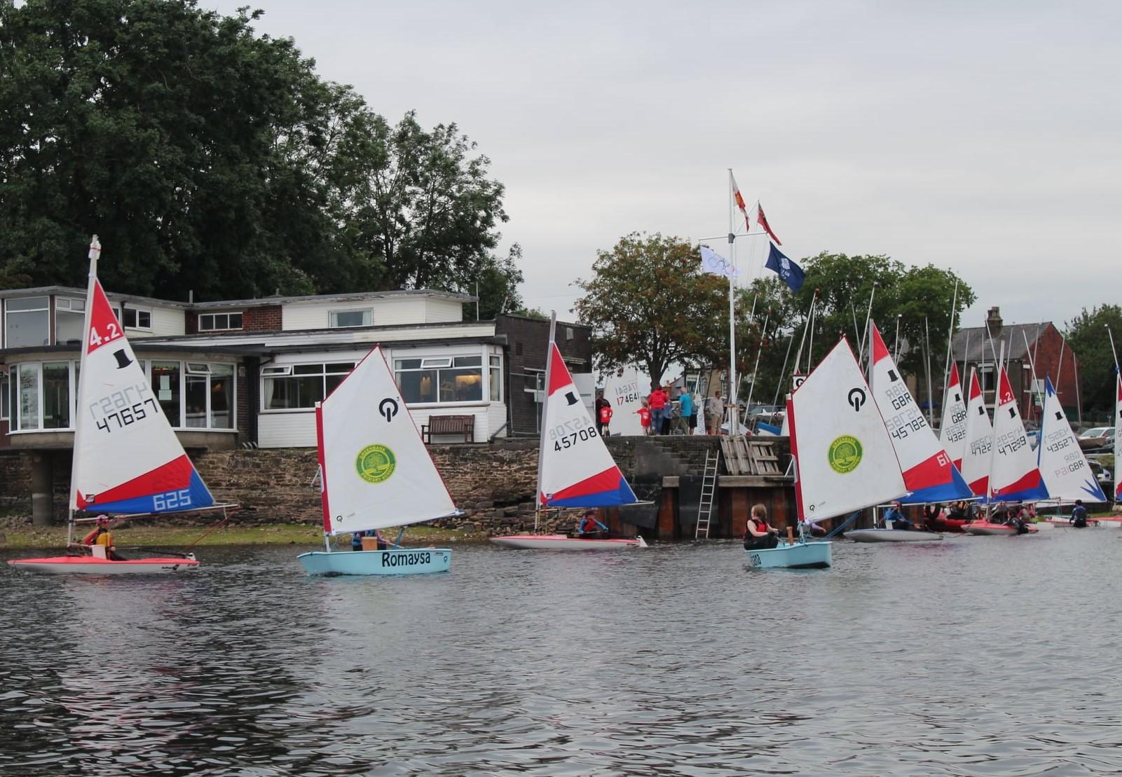 Juniors-launching-to-race-Olympian